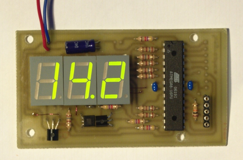 tuxgraphics org mini 3 digit display, an inexpensive digital[the dvm module in action]