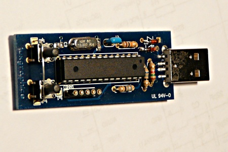 tuxgraphics.org: avr-usb: A USB slide show presenter (aka ...